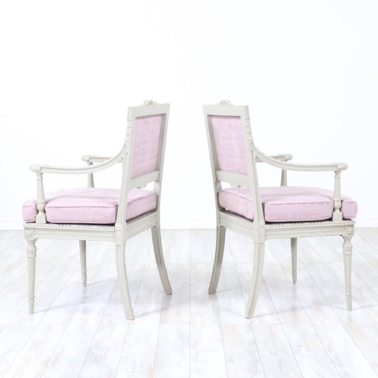 Early 20th Century 1920s French Louis XVI-Style Armchairs For Sale