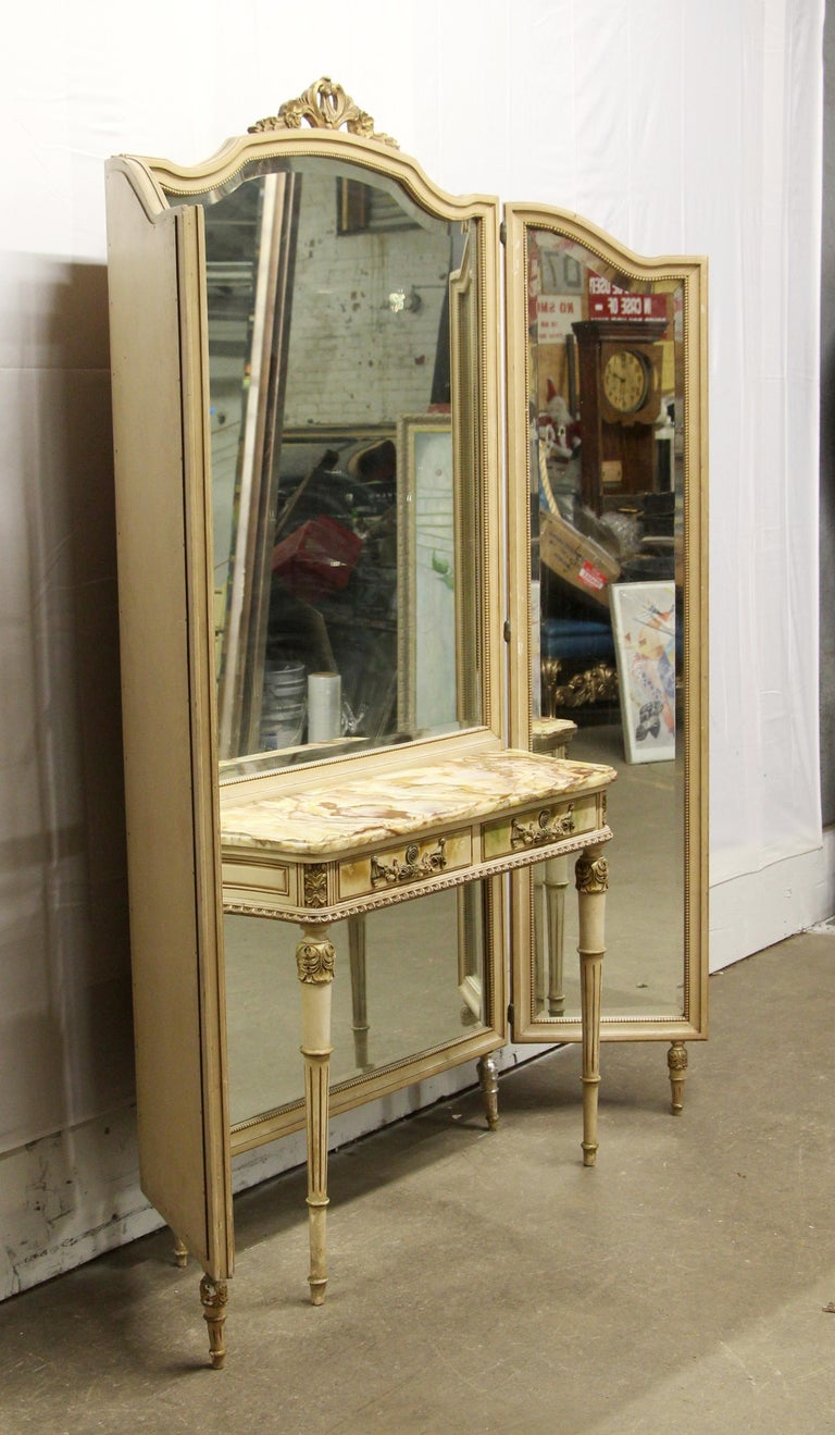 20th Century 1920s French Provincial Folding Mirror Vanity Table with Onyx Top For Sale