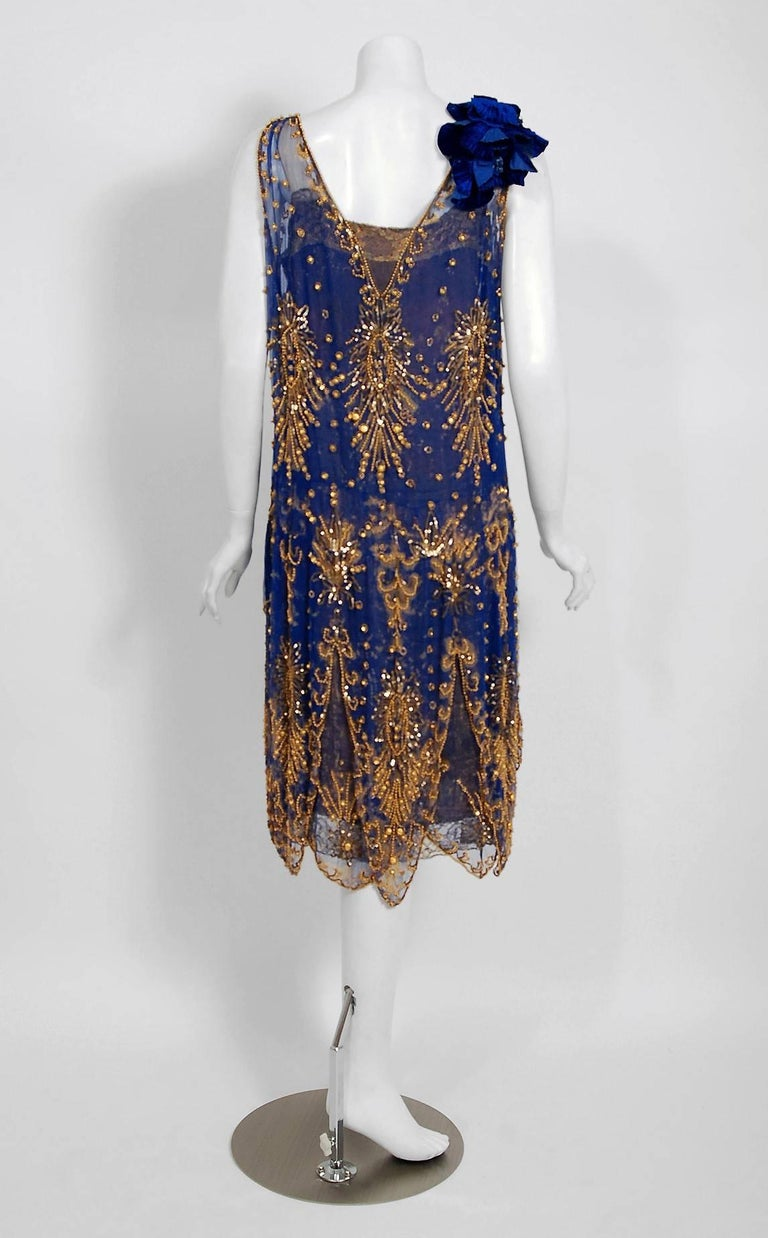 1920's French Royal-Blue Beaded Silk & Metallic Gold Lamé Lace Flapper Dress  For Sale 2