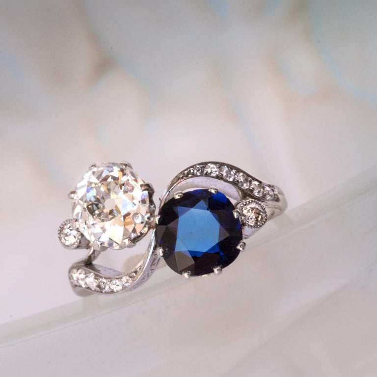 1920s French Sapphire Diamond Gold Toi et Moi Ring For Sale 2