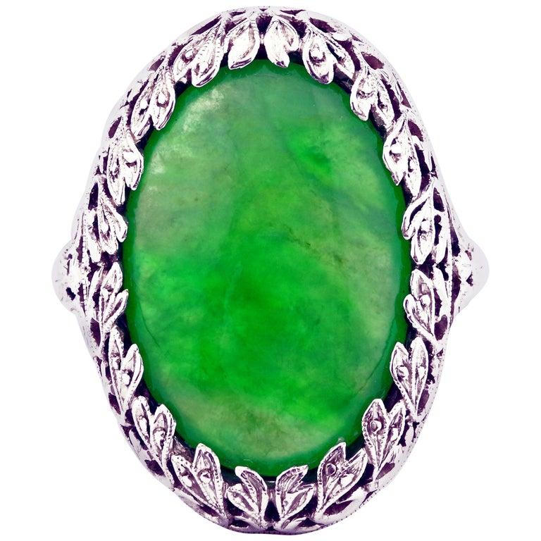 1920s GIA Certified Untreated Water Jadeite Jade Ring in Platinum For Sale