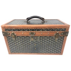 1920's Goyard Hard Case Vanity Trunk