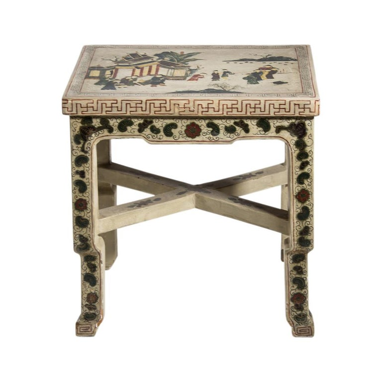 Early 20th Century 1920s Hand Painted White Lacquered Dressing Table with Matching Stool Italian For Sale