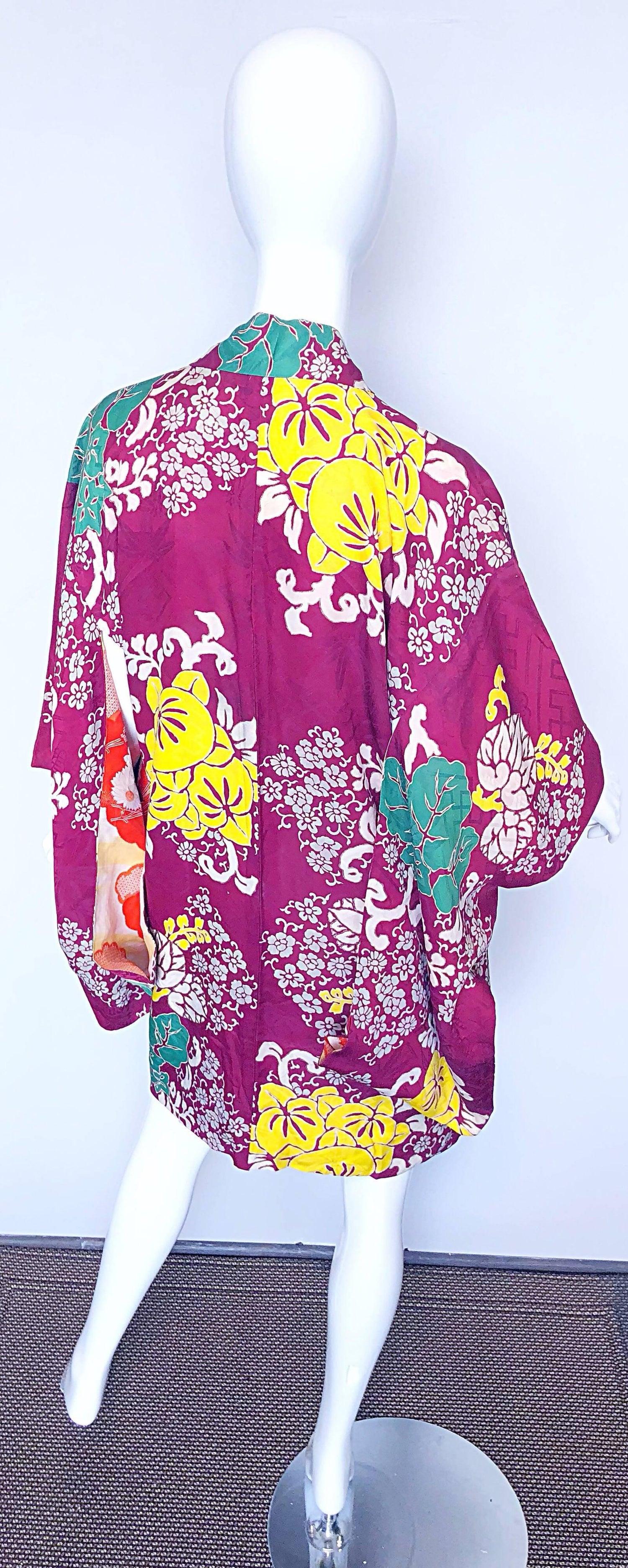 9499f94f9 1920s Hand Sewn Silk Damask Vintage 20s Maroon Pink Haori Kimono Jacket For  Sale at 1stdibs