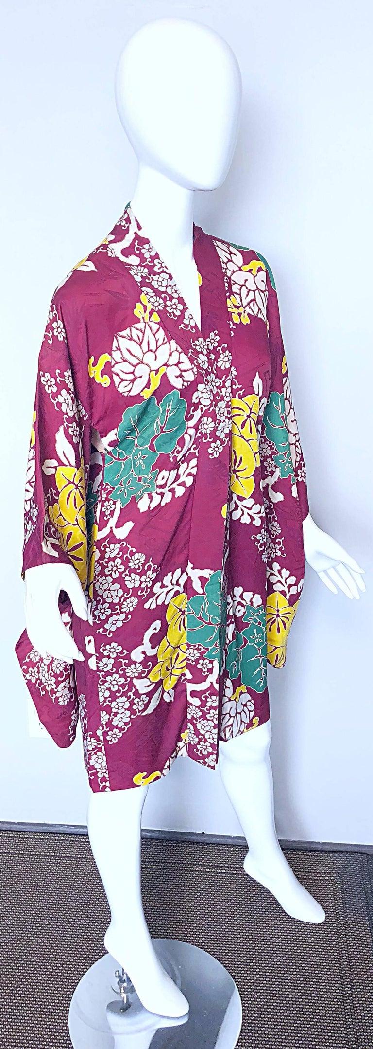 d0fab8660 1920s Hand Sewn Silk Damask Vintage 20s Maroon Pink Haori Kimono Jacket For  Sale 5