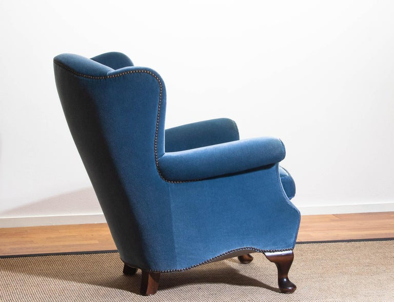 1920s, Hollywood Regency Blue Velvet Wingback Club Lounge Armchair, Sweden In Good Condition In Silvolde, Gelderland