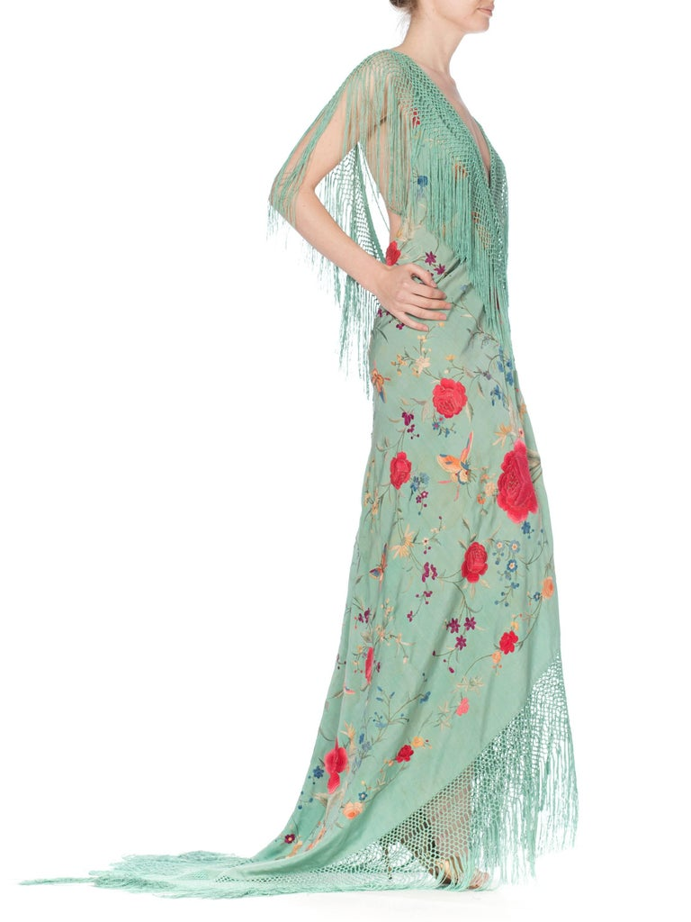 Morphew Collection Jade Piano Shawl Backless Dress with Fringe Train, 1920s  For Sale 6