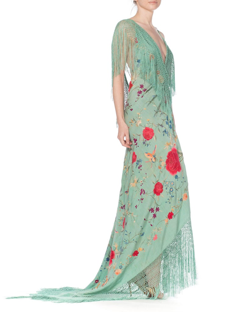 Morphew Collection Jade Piano Shawl Backless Dress with Fringe Train, 1920s  For Sale 7