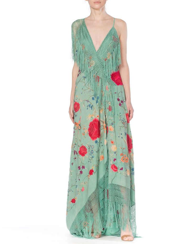Morphew Collection Jade Piano Shawl Backless Dress with Fringe Train, 1920s  In Excellent Condition For Sale In New York, NY