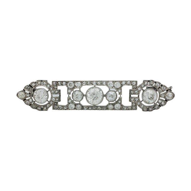 Women's or Men's 1920s Mauboussin Art Deco Diamond Platinum Brooch For Sale