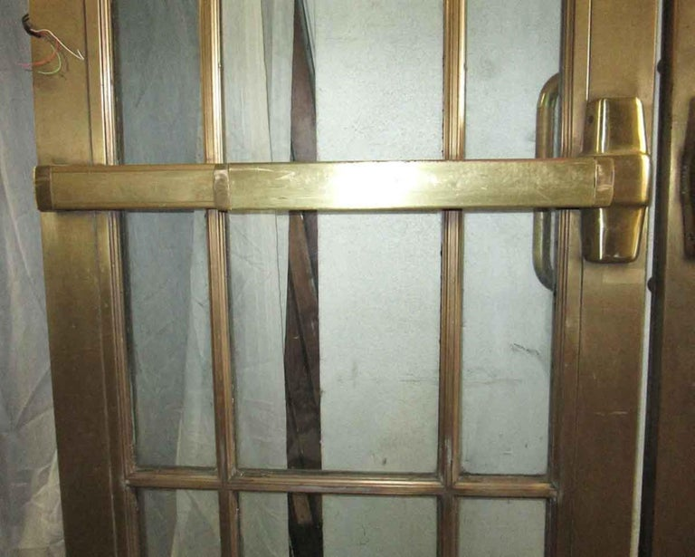 1920s Pair of Antique Brass Entryway French Doors with 9 Lites Each For Sale 4