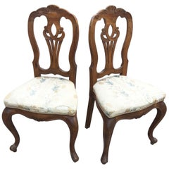 1920s Pair of Armchairs in Solid Walnut, with Upholstery to Be Redone Elegant