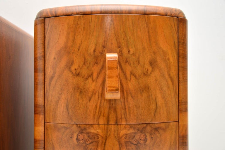 1920s Pair of Art Deco Walnut Bedside Chests For Sale 1