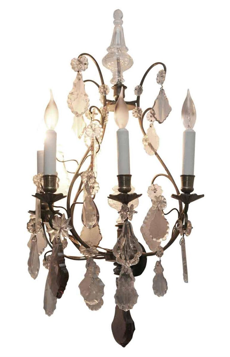 1920s Pair of Five-Arm Baccarat Bronze and Crystal Sconces In Excellent Condition For Sale In New York, NY