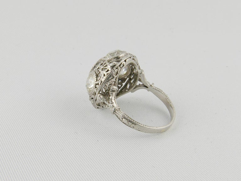 1920s Platinum and Diamond Engagement Ring In Good Condition For Sale In Torino, IT
