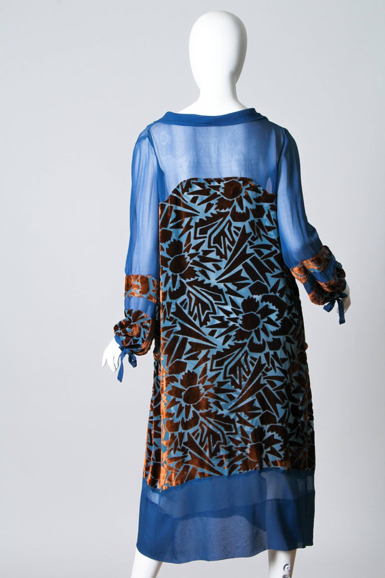 1920s Raoul Dufy style Silk Velvet Dress In Good Condition For Sale In New York, NY