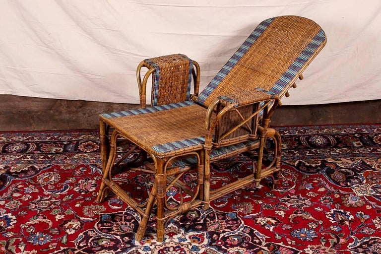20th Century 1920s Rattan and Wicker Lounge Chair with Ottoman For Sale