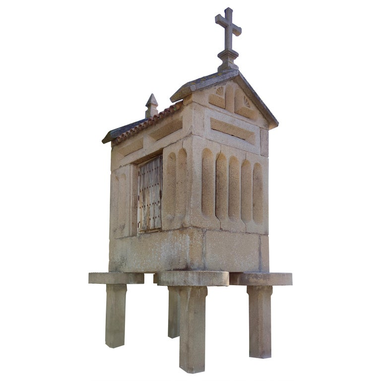 """1920s Spanish Galician """"Hórreo"""" Typical Stone Granary with Tiled Roof and Cross For Sale"""
