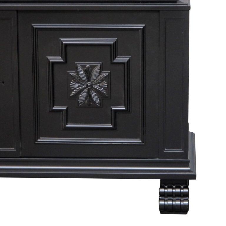 "1920s Swedish ""Roma"" Cabinet by Axel Einar Hjorth for S. Möbelfabriken Bodafors For Sale 3"