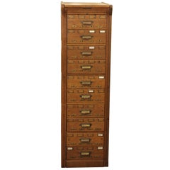 1920s Yawman & Erbe Oak Card Catalogue with 10 Drawers and Brass Hardware