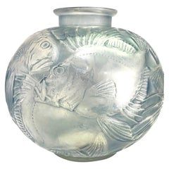 1921 René Lalique Poissons Vase Frosted Glass with Blue Patina