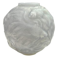 1924 Rene Lalique Formose Vase in Double Cased Opalescent Glass with Grey Stain
