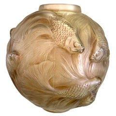 1924 René Lalique Formose Vase in Frosted Glass with Sepia Stain, Fishes