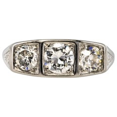 1925 1.20 Carat Diamonds Platinum Art Deco Garter Ring