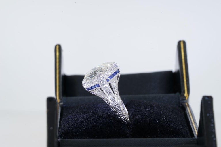 Details & Condition: Art Deco engagement rings recall an era of glamour and sophistication: elegant and timeless, this ring checks all those boxes. Purchased in New York in 1925 this magnificent diamond engagement ring is believed to be from Dreicer