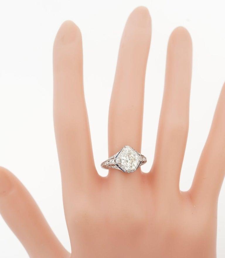 1925 Art Deco Platinum Geometric Diamond Sapphire Engagement Ring, Dreicer For Sale 3