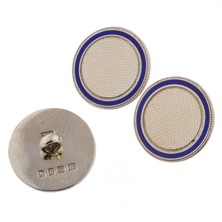 English set of Art Deco buttons in white gold and blue enamel, from London 1925, signed by FC. Big diameter: 15mm (0.59 in) Small diamater: 7mm (0.28 in)