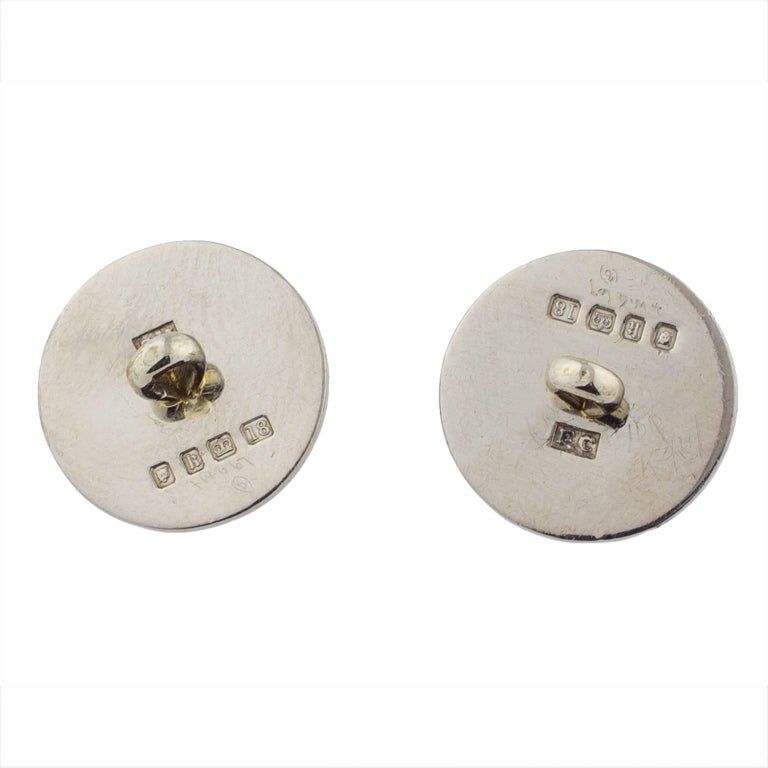 1925 English 18 Karat White Gold and Enamel Button Set Cufflinks In Good Condition For Sale In Madrid, ES