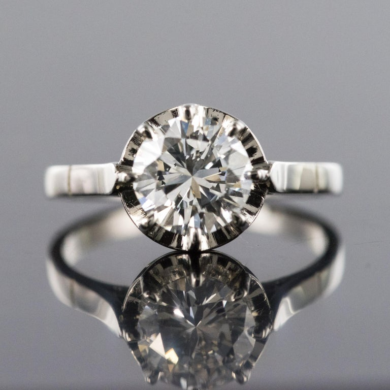 1925s Art Deco 1.50 Carat E.VS Diamond 18 Karat Platinum Solitary Ring In Excellent Condition For Sale In Poitiers, FR