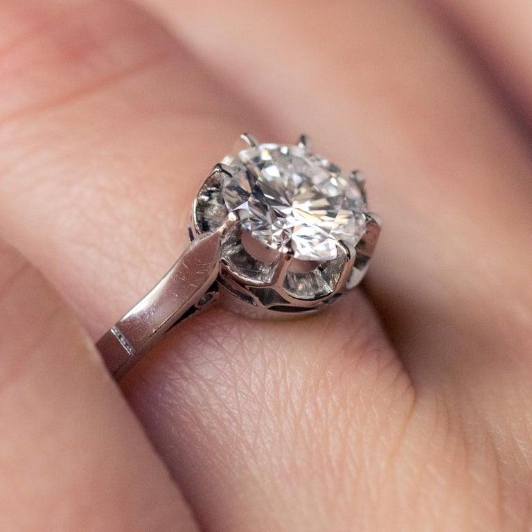 1925s Art Deco 1.50 Carat E.VS Diamond 18 Karat Platinum Solitary Ring For Sale 3