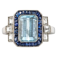 1925s Art Deco 2 Carat Aquamarine Diamonds Calibrated Sapphires Platinum Ring