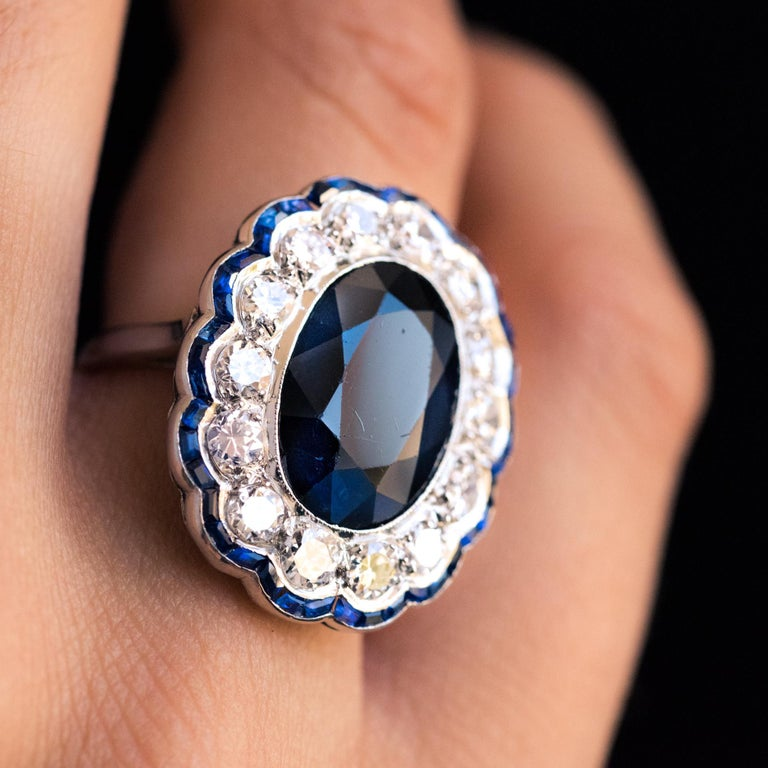 1925s Art Deco 8.40 Carat Sapphire Diamonds Calibrated Sapphires Platinum Ring For Sale 7