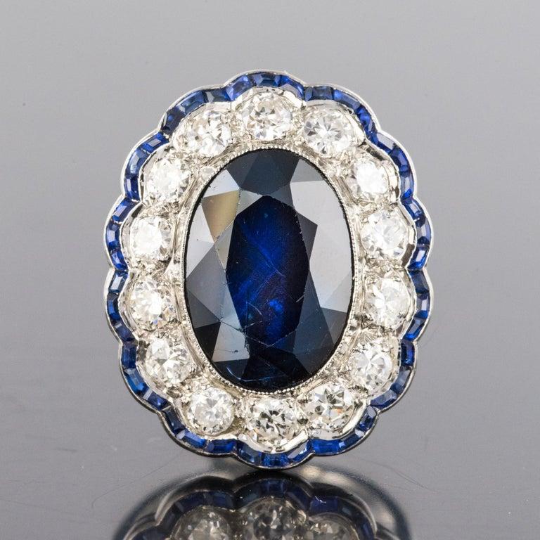 Women's 1925s Art Deco 8.40 Carat Sapphire Diamonds Calibrated Sapphires Platinum Ring For Sale
