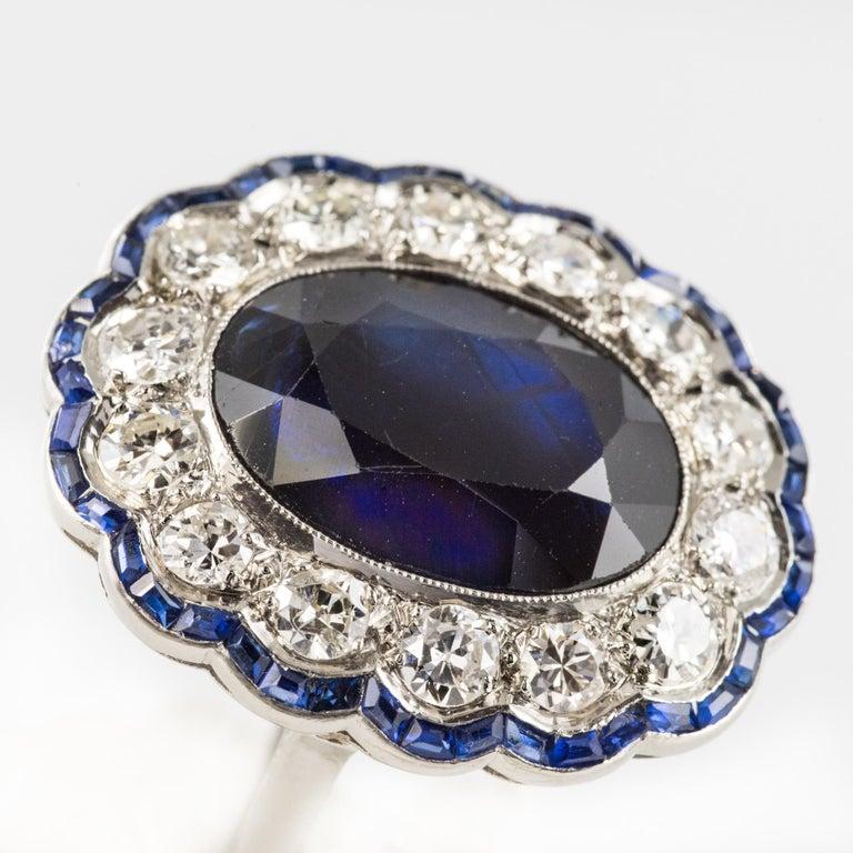 1925s Art Deco 8.40 Carat Sapphire Diamonds Calibrated Sapphires Platinum Ring For Sale 2