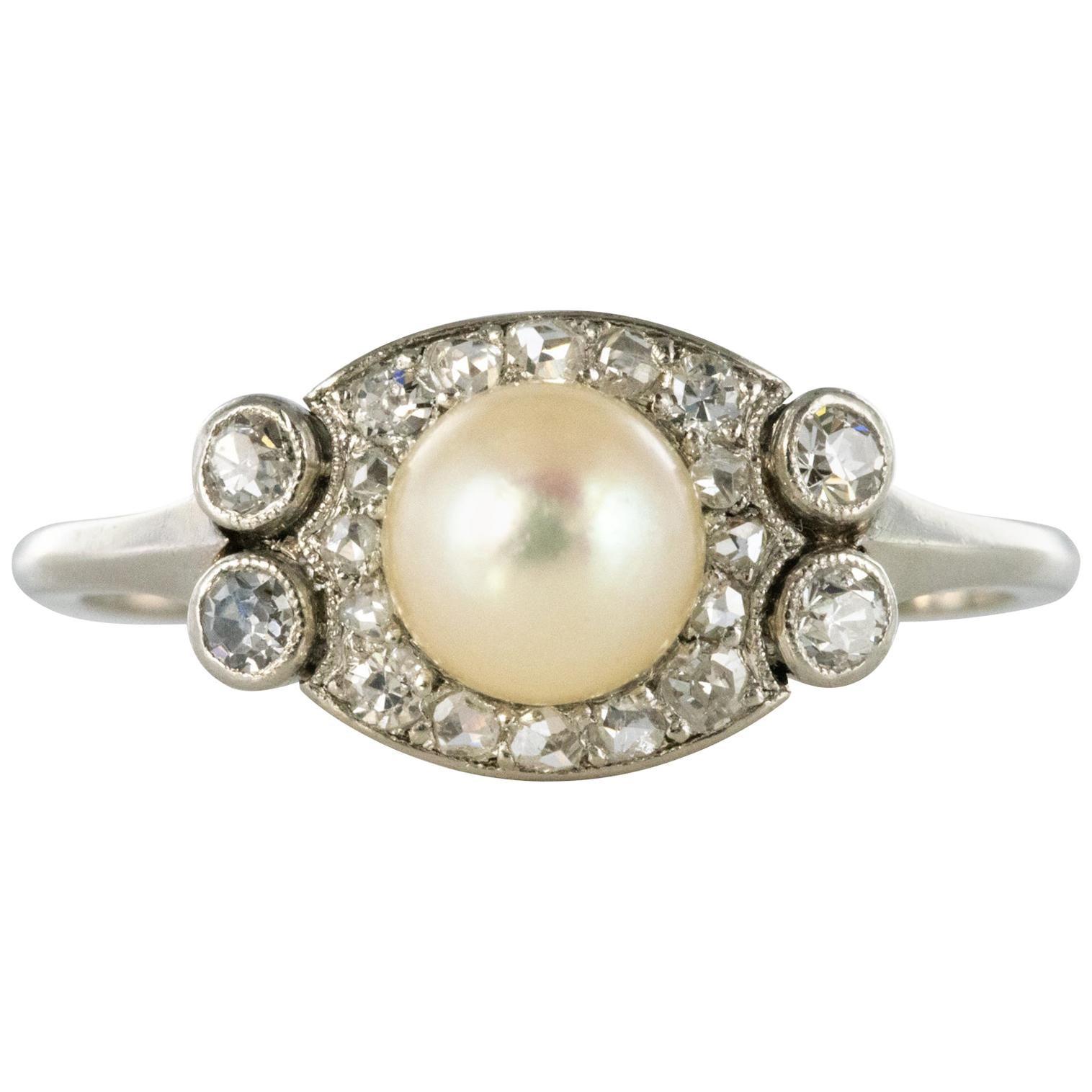 1925s Cultured Pearl Diamonds Platinum Art Deco Ring