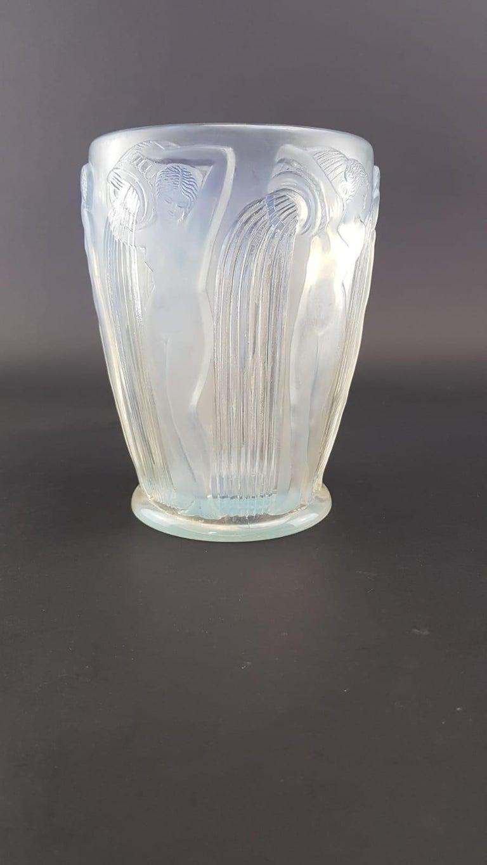 1926 Rene Lalique Danaïdes Vase in Opalescent Glass