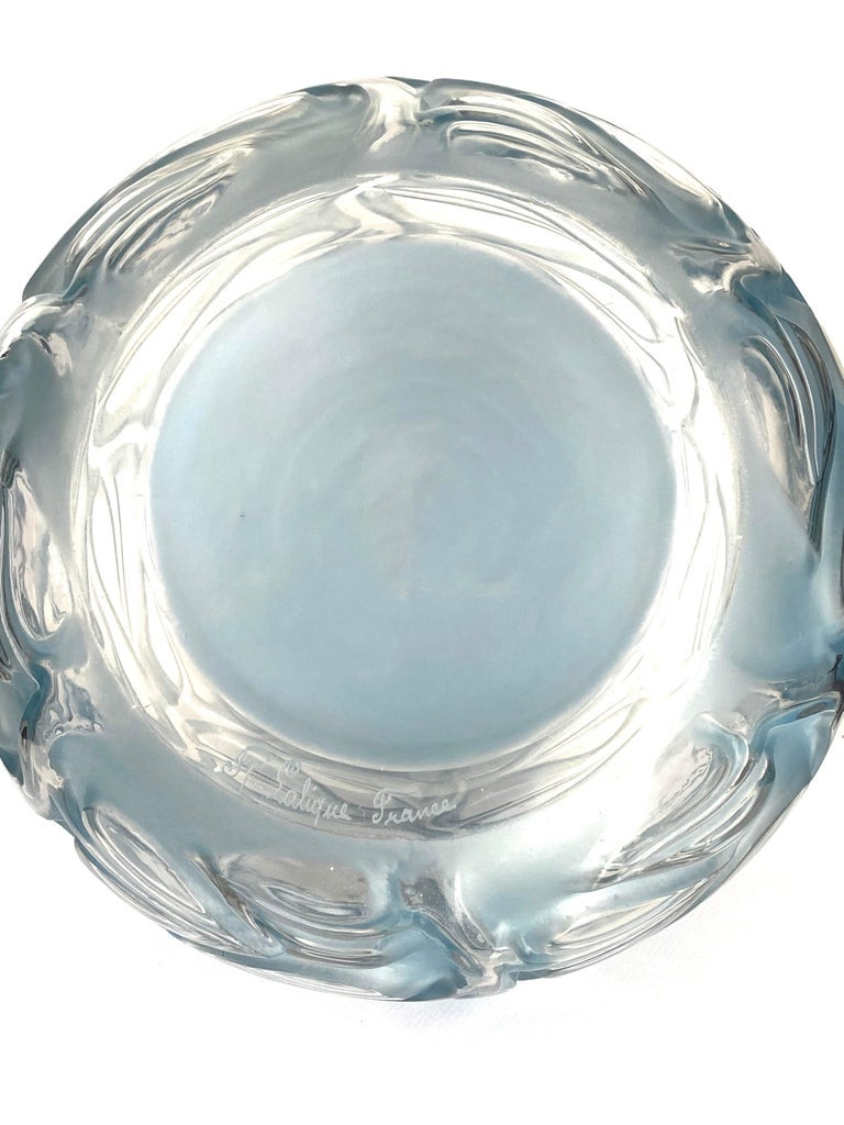 1926 René Lalique Sophora Vase in Clear & Frosted Glass with Blue Patina Leaves In Good Condition In Boulogne Billancourt, FR