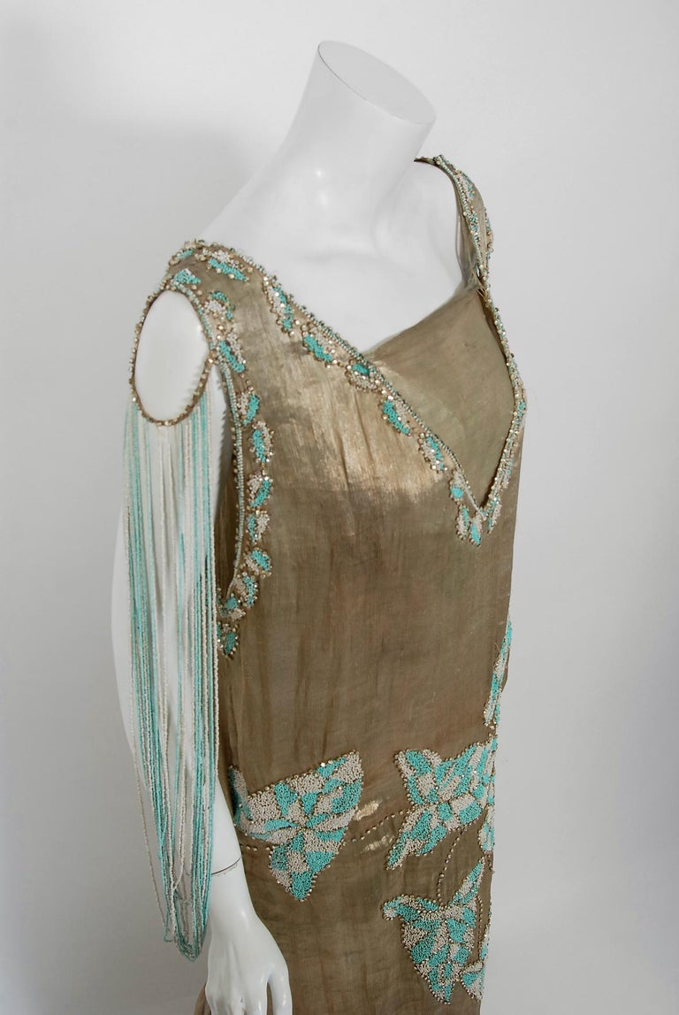 Vintage 1927 French Couture Metallic Gold Lamé Beaded Leaf-Motif Trained Dress In Good Condition For Sale In Beverly Hills, CA