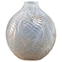 1927 René Lalique Espalion Vase Double Cased Opalescent Glass with Grey Patina