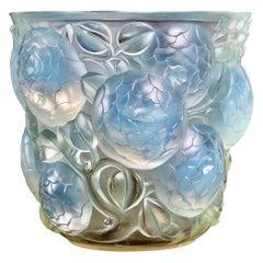 1927 Rene Lalique Original Oran Vase in Opalescent Glass