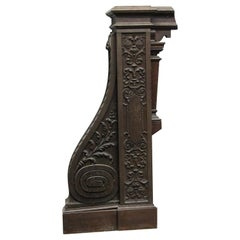 1928 Intricately Carved Oak Newel Post from the Rose Hill Tudor Mansion