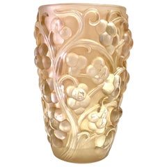 1928 René Lalique Raisins Vase in Frosted Glass with Pinky-Sepia Patina