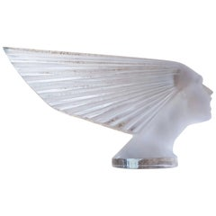 1928 René Lalique Victoire Car Mascot Hood Ornament in Light Amethyst Glass