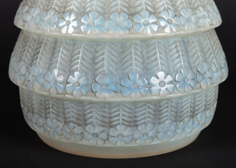 Molded 1929 René Lalique Ferrieres Vase in Cased Opalescent Glass with Grey Patina