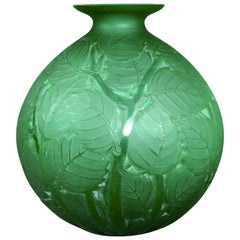 1929 René Lalique Milan Vase in Emerald Green Glass, Leaves