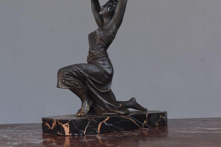 1930 Art Deco Pendulum Spelter And Portor Marble For Sale 6